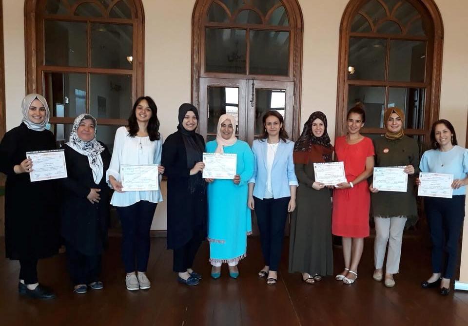 İlk yardım kursiyerleri sertifika aldı