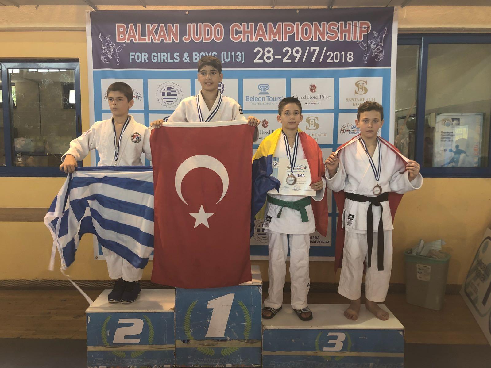 Kağıtspor'un judocuları başarıya doymuyor