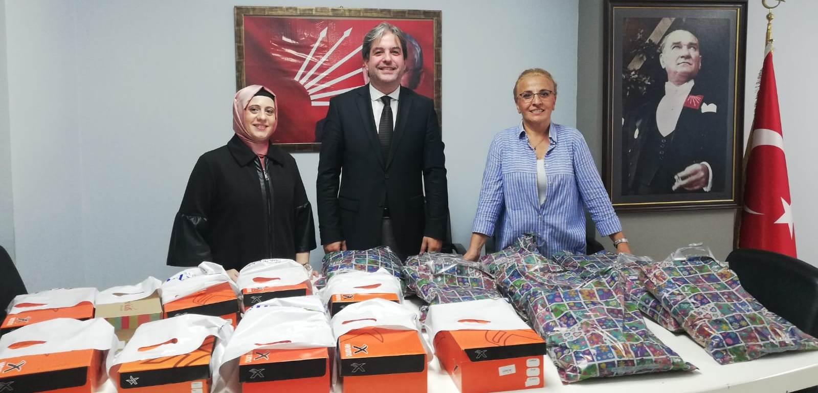 CHP İzmit İlçe'den eğitime destek