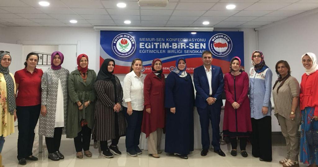 AK Kadınlar, Eğitim Bir Sen'e konuk oldu