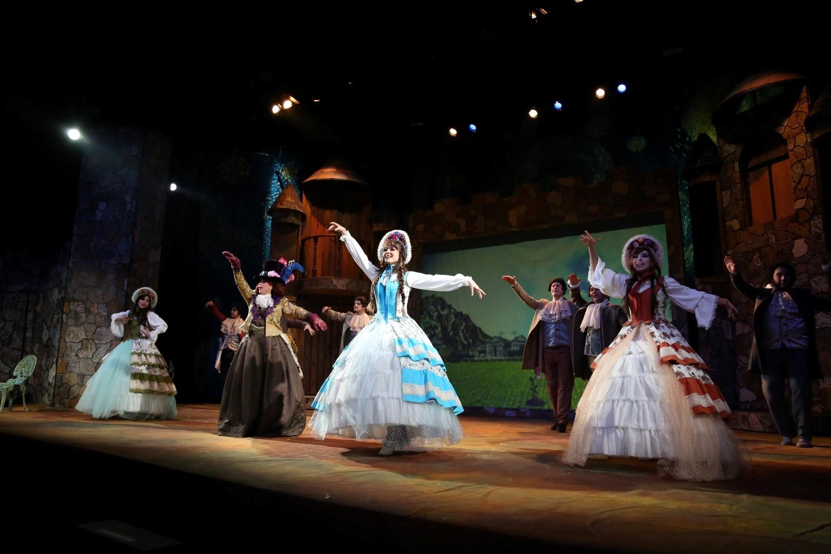 Şehir Tiyatroları Kasım'da da dopdolu