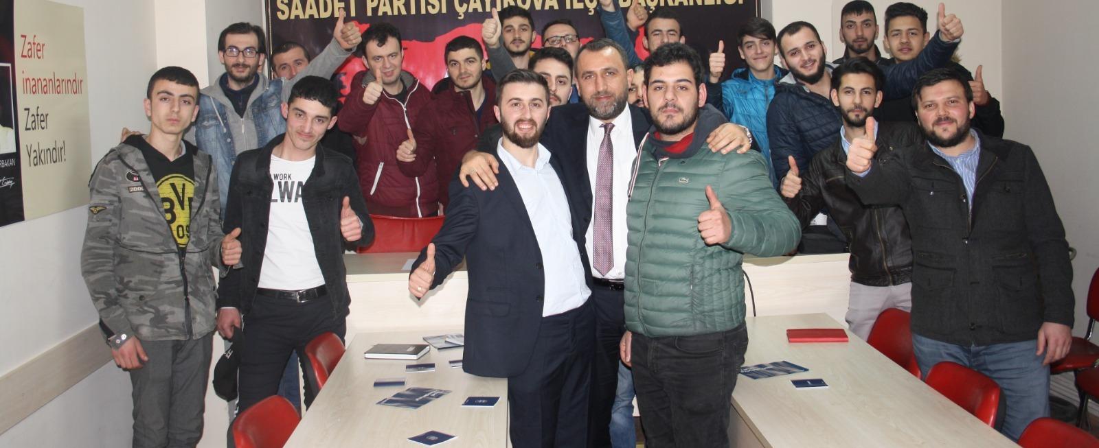 Saadet Partili gençlerden Aksu'ya tam destek