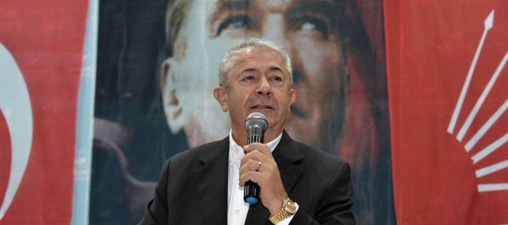 Sarıbay, efsane başkan Leyla Atakan'ı unutmadı
