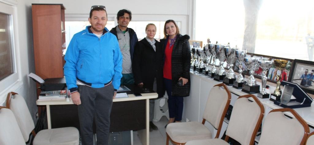 Hürriyet'ten Sümerspor kürekçilerine destek sözü