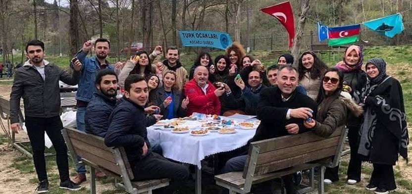 Türk Milliyetçisi gençlerden Nevruz kutlaması