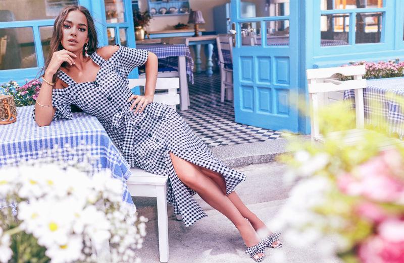En Moda Elbiseler Koton'da