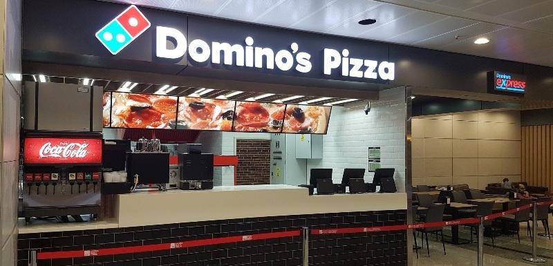 Domino's Pizza ilk kez bir havalimanında şube açtı