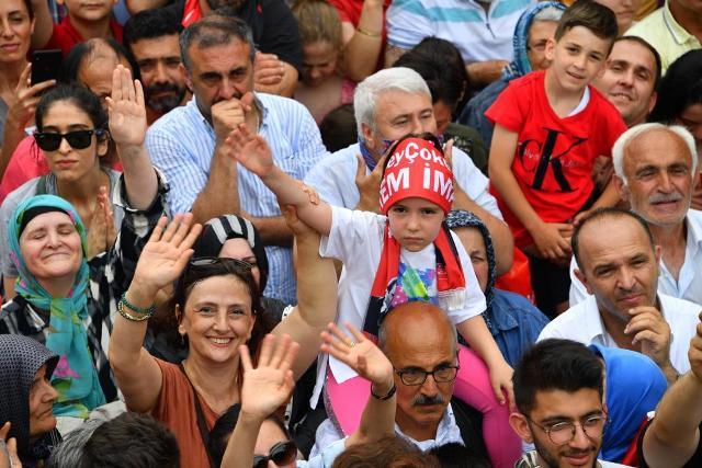 Trabzon'da İmamoğlu fırtınası