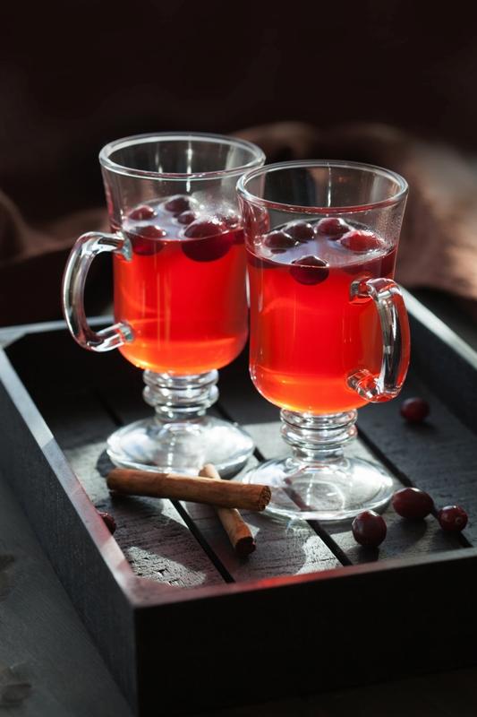 Tatlı ve içeceklere tarçın ekleyin