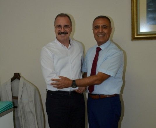Emiroğlu, Yamen vepersoneline veda etti