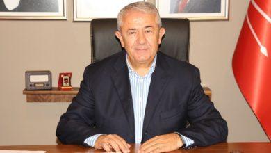 Sarıbay, çalışan gazetecilere teşekkür etti