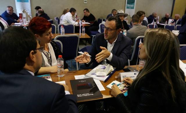 Bulgar iş insanlarıyla 200 görüşme