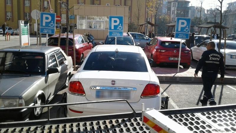 Engelli yerine park edenlere af yok