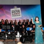 Türküler, Körfez'e aktı