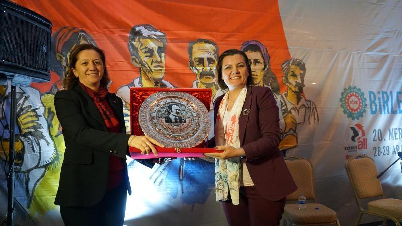Emekçilerden, Hürriyet'e Emek Ödülü