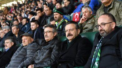 Vali Aksoy maçları kaçırmıyor