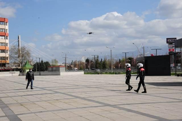 Kocaeli polisinden drone ile takip