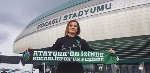 Hürriyet'ten Kocaelispor kutlaması