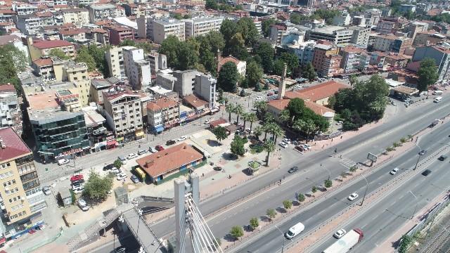 Adnan Menderes üst geçidindeki yürüyen merdiven kapatılıyor