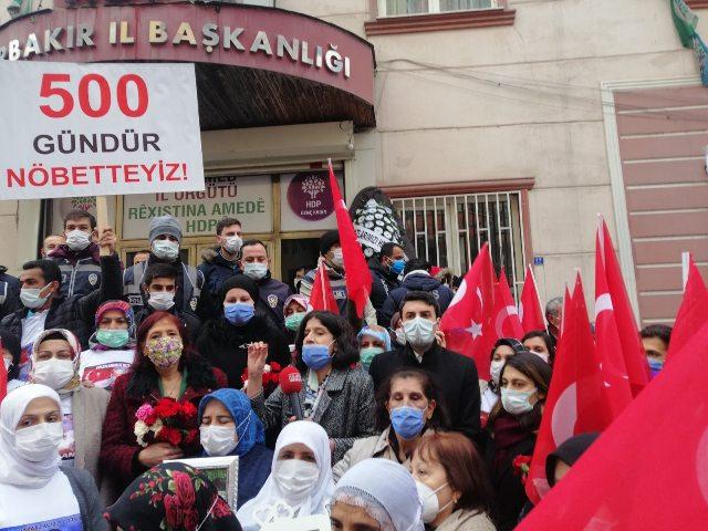 Vatan Partisi, Diyarbakır Anneleriyle kucaklaştı