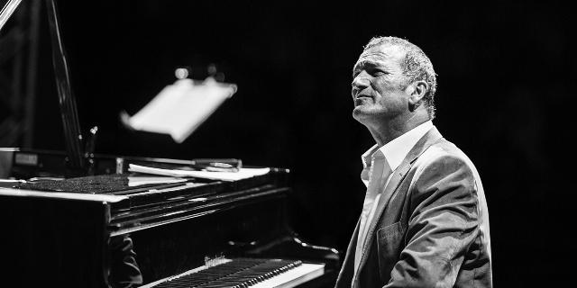 Jazz müziğin bizden bir dehası; Kerem Görsev