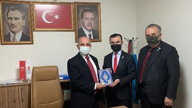 Osman'dan AK Parti'ye ziyaret