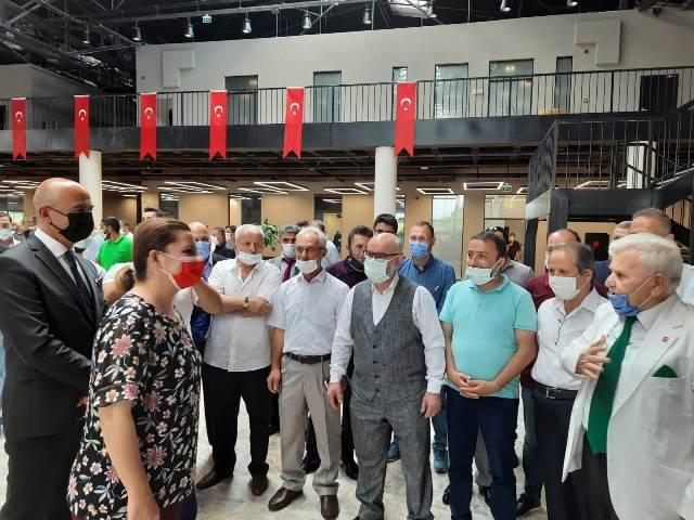 Yeniden Refah'ta coşkulu bayramlaşma