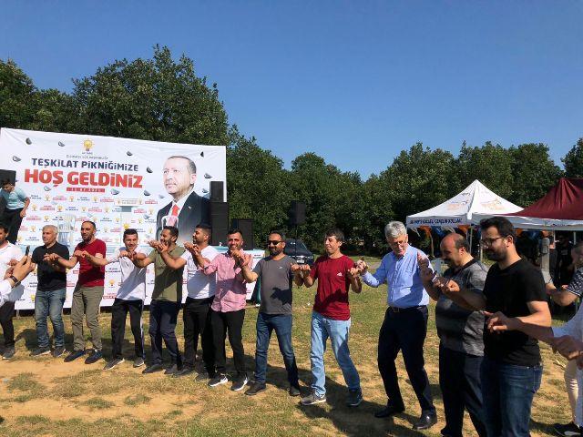 AK Partililerden hafta sonu mesaisi