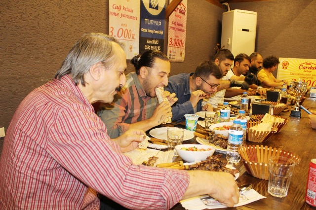 Çayırova'da zorlu yarışma